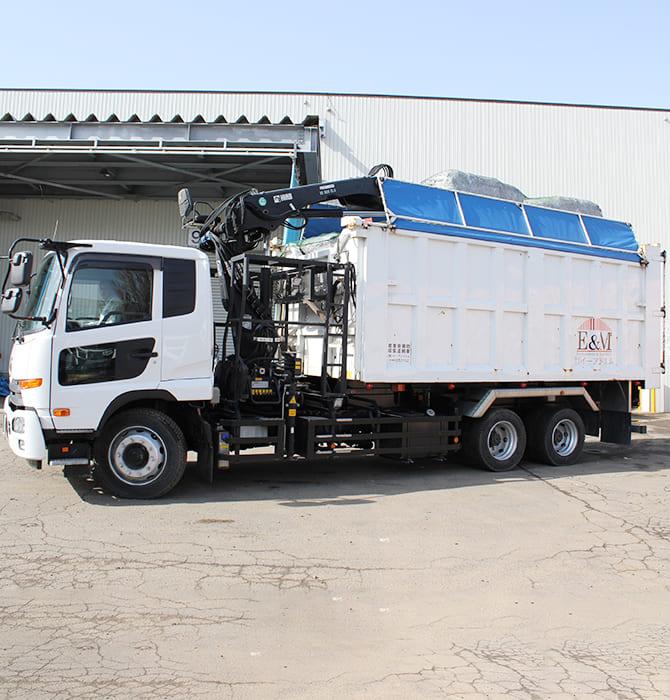 収集運搬 トラック